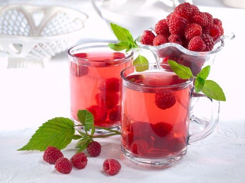 A raspberry leaf infusion might help you with urinary incontinence.