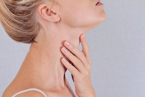 Woman with thyroid problems