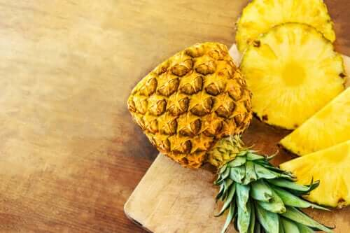 Five Amazing Benefits of Eating Pineapple