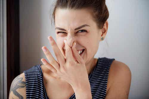 What Are the Causes of Body Odor?
