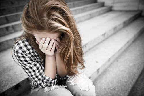 Abuse and Mistreatment in Adolescent Couples