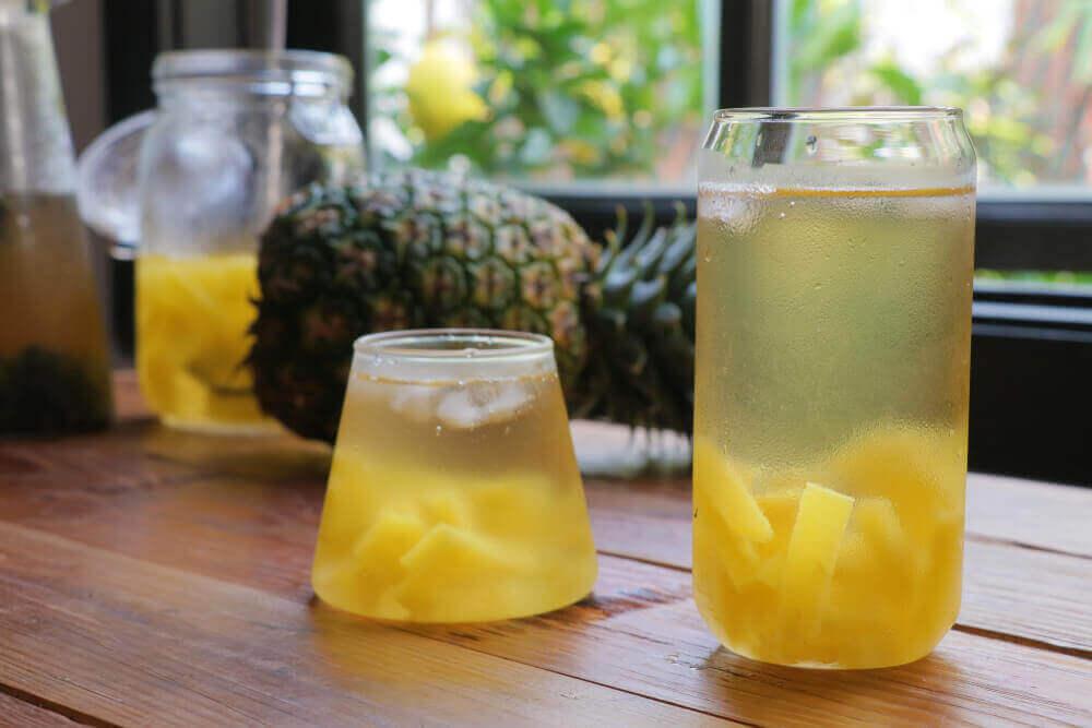 Fresh pineapple water.