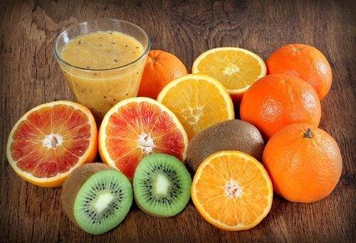 비타민 C 와 E 더 많이 섭취하기