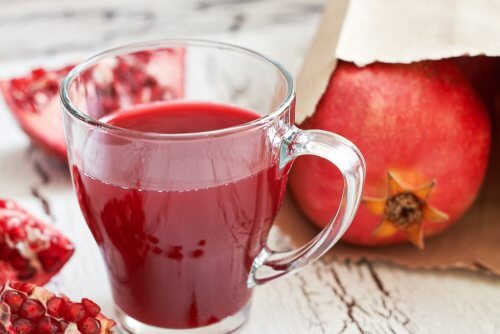 Pomegranate juice - seven amazing benefits