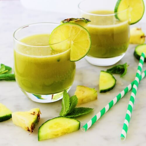 Smoothies for digestion with lemon