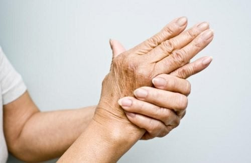 6 Oils for Treating Arthritis