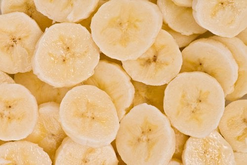 Fruit trees banana slices