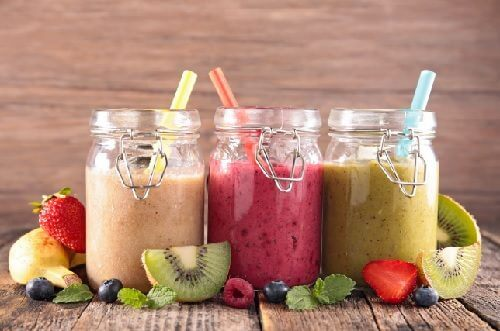 Drinking smoothies is one of the delicious flat stomach habits