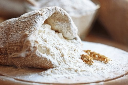 Is it Bad to Eat Flour-based Food at Night?