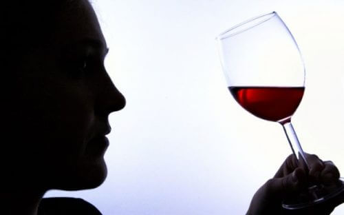 6 Signs of Alcohol Addiction You Shouldn't Ignore
