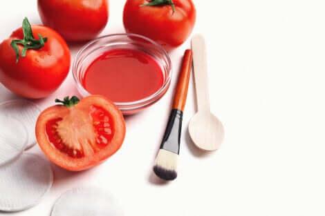 Tomato chickpea mask.