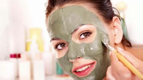 Try This Green Mask to Eliminate Blackheads, Acne, and Blemishes