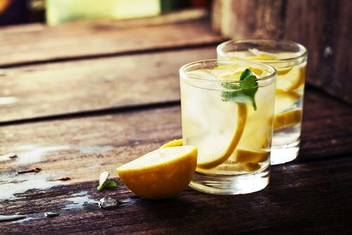 As a daily detox tip, drink water with lemon.