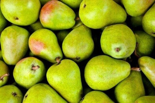 A box of pears.