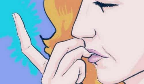 Stop Biting Your Nails - Homemade Solutions for It