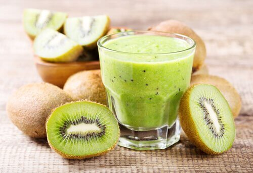 kiwi and orange juice