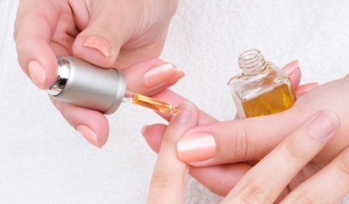Strengthen Your Nails with Garlic and Oil Lotion - Step To Health