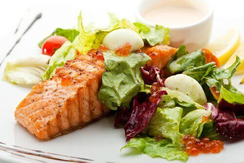 Salmon veggies eat better to be happier in life