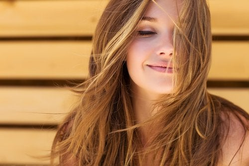 3 Ways to Encourage Good Hair Growth