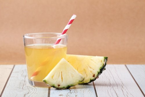 Pineapple juice helps repopulate your intestinal flora
