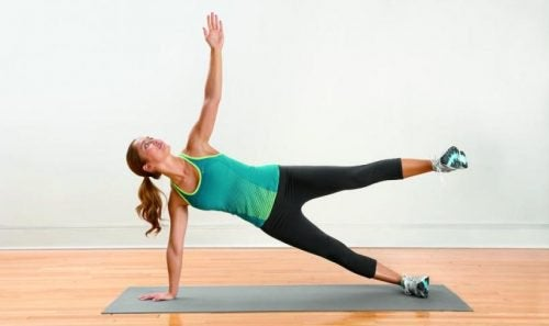 Woman doing the butterfly exercise