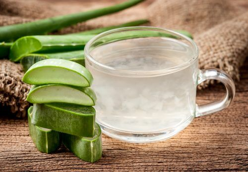 Six Home Remedies Made from Aloe Vera Stems