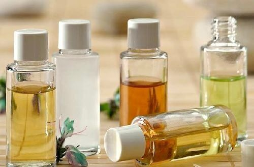 How to Cleanse Your Face With Natural Oils