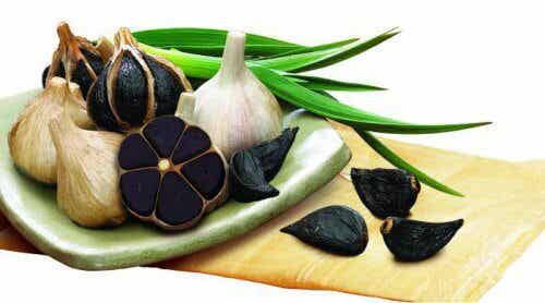 Black Garlic: Learn All About its Benefits