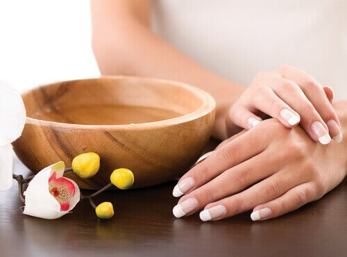 healthy hands and nails