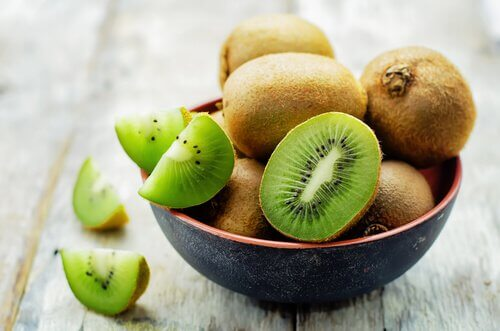Kiwi is a great fruit to avoid osteoporosis during menopause