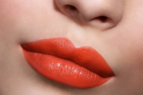 the shape of your lips: thick or large