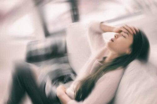 A dizzy woman.