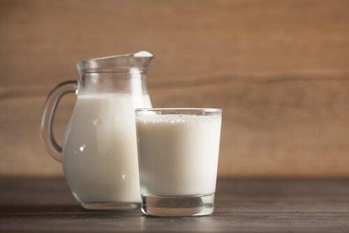 불면증에 우유