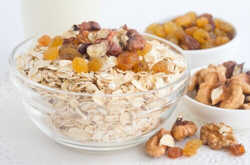 Ceareals and dried fruit have a high fiber content