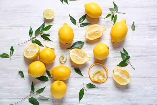 A selection of lemons.