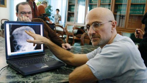 The surgeon who will carry out a head transplant.