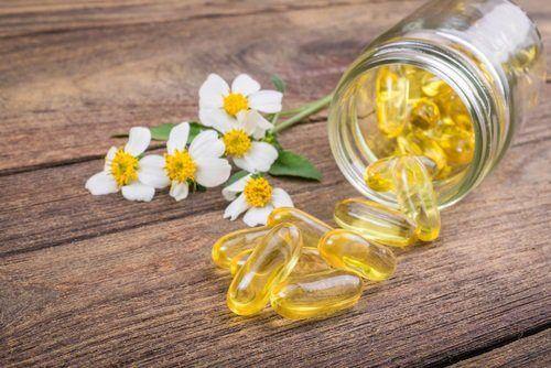 use vitamin E to soften skin