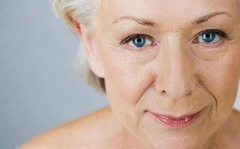 10 Foods to Help Eliminate Wrinkles