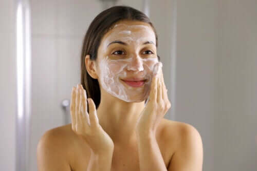 Six Effective Steps to Get Rid of Acne