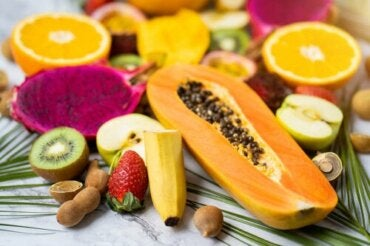 Decrease Fluid Retention with Fruit and Vegetables
