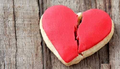 """5 Important Things You May Not Know about """"Broken Heart Syndrome"""""""