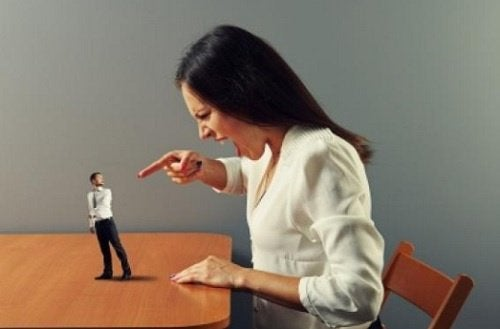 couple fighting verbal abuse