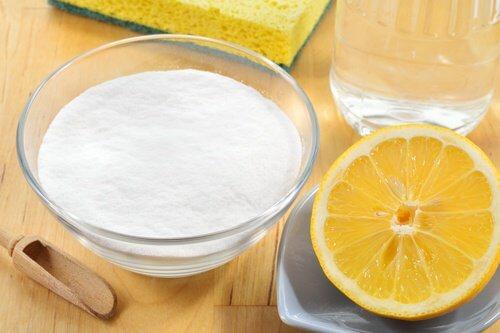베이킹소다와 레몬