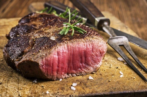 You should avoid red meat if you suffer from acid reflux