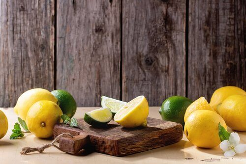 use lemons and limes to treat a cutting board