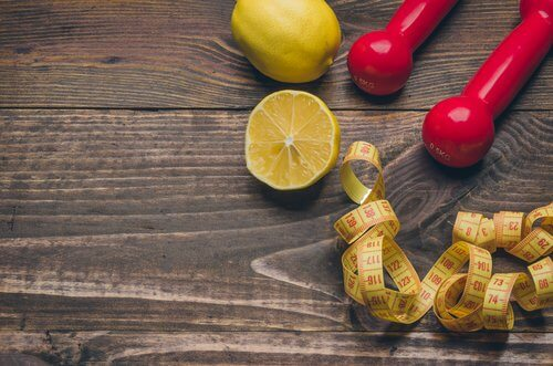use lemons and weights with measuring tape
