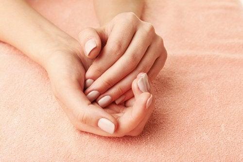 Silky hands