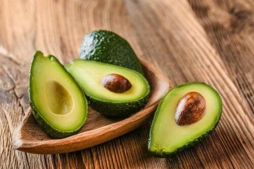 Three avocado halves.