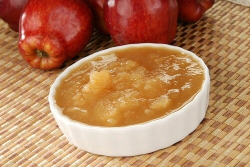 natural applesauce for pink eye relief