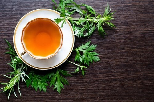 You can fight fatty liver with wormwood tea.